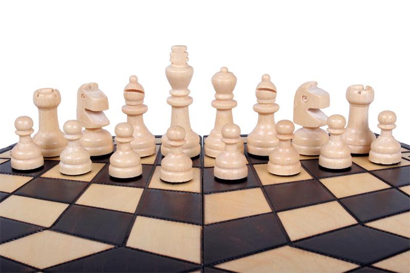 Szachy dla trzech graczy (średnie)